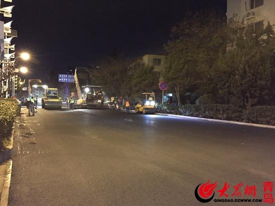 副处长司磊表示,青岛作为旅游城市,旅游季节一般只安排少量的道路及