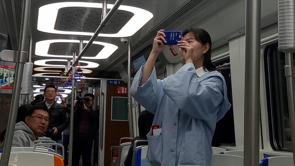 青岛地铁11号线58分钟跑全程 全线票价最高7元