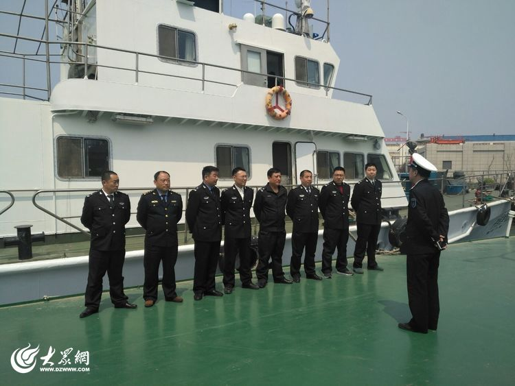 """青岛5月1日12时起休渔 4379艘渔船执行""""最严""""休渔制度"""