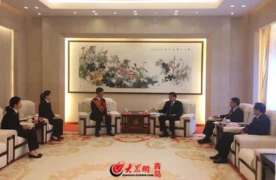 青岛政法委书记田庆盈接见检察院先模代表
